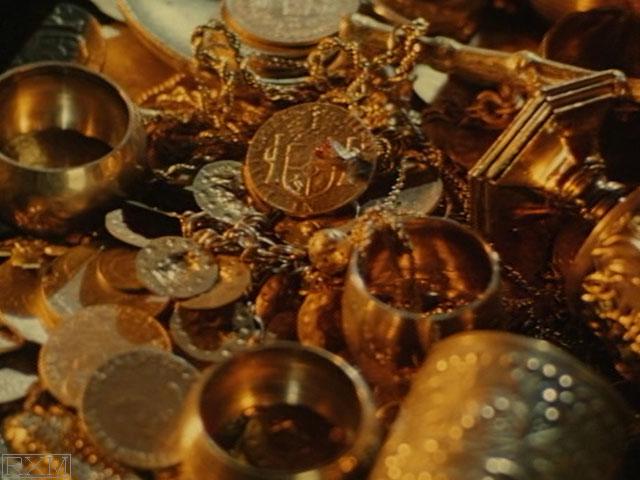 Leprechaun (1993) - Coins in Movies